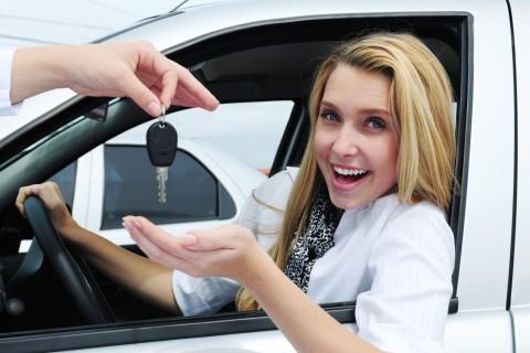 """Женщины """"стоят"""" дороже машин"""
