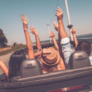 За кордон на власному автомобілі: 7 практичних порад мандрівникам